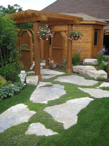 thestoneman.ca-Jumbo_flagstone_with_thyme_joints