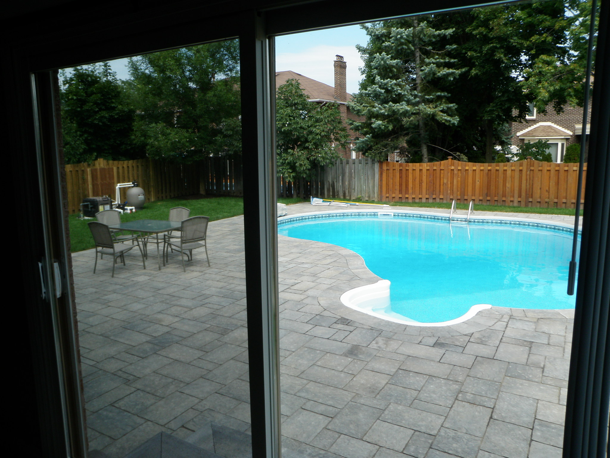 Permacon mega trafalgar pool patio for Pool design elements