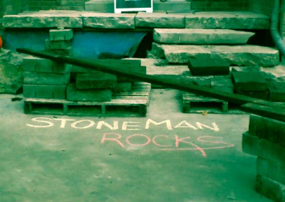 thestoneman.ca-Stone_man_rocks
